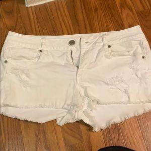 American Eagle White Jean short Size 12